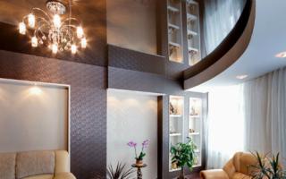 Потолок натяжной и из гипсокартона: комбинированный, двухуровневый, с подсветкой, фото