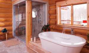 Ванная комната на даче в деревянном доме