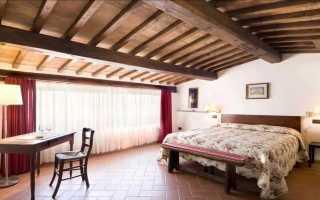 Потолок деревянный в квартире: фото отделки