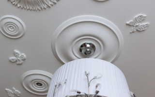 Лепнина на потолке: из полиуретана, лепка своими руками, фото декора в интерьере