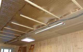 Как утеплить потолок изнутри в частном доме
