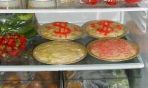 Сколько можно хранить салат с майонезом в холодильнике: как хранится салат без заправки