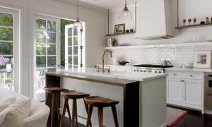 Стол и барная стойка для кухни: совмещенная с обеденным столом и вместо стола