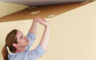 Как клеить потолочную плитку: на побелку, из пенопласта, видео