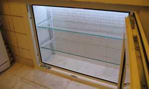 Холодильник под окном своими руками