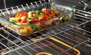 Можно ли ставить керамическую посуду в разогретую духовку и что можно запекать